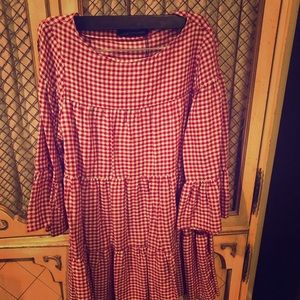 Summer gingham mini dress !